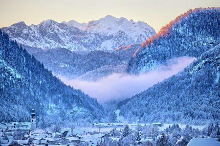 Wszystko co musisz zabrać, zanim ruszysz zimą w góry